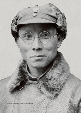 邓子恢(1896-1972)